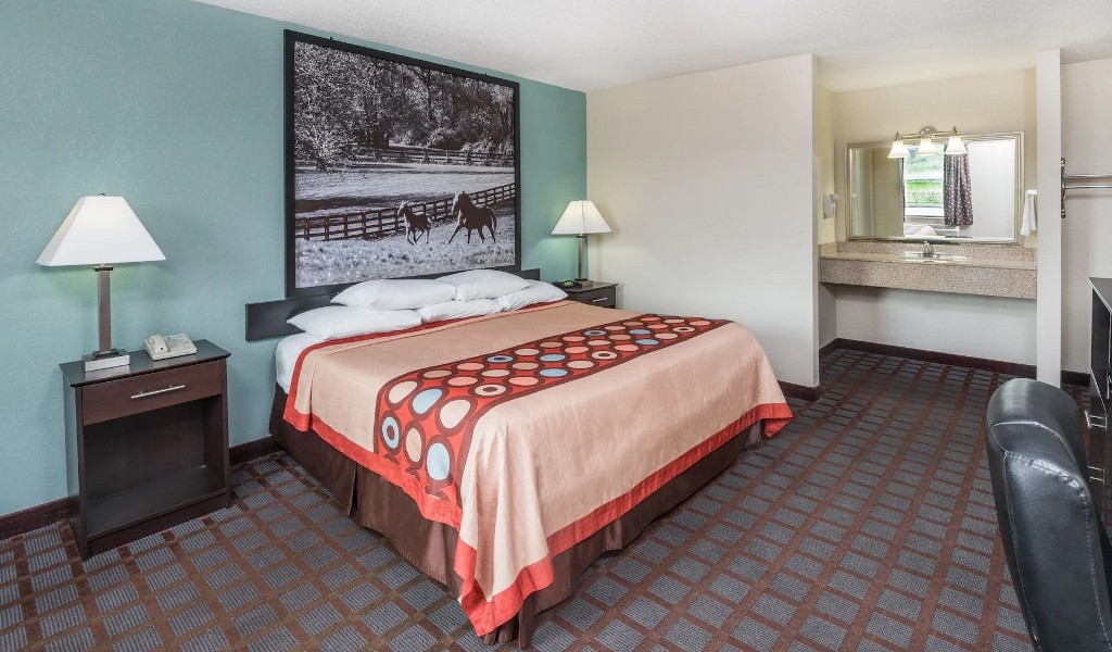 Hotel-7-Inn-Paducah-Single-Bed-Room-3
